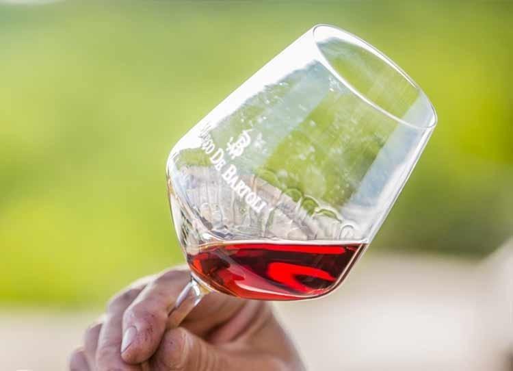 Zibibbo:  Storia e Caratteristiche del Vino Liquoroso Siciliano