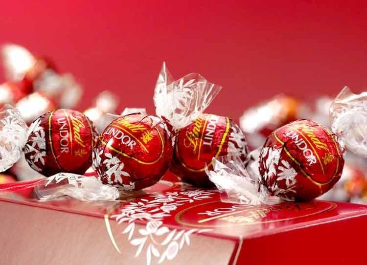 Cioccolatini Lindt: dalla preparazione del Lindor alla vendita negli Shop Online
