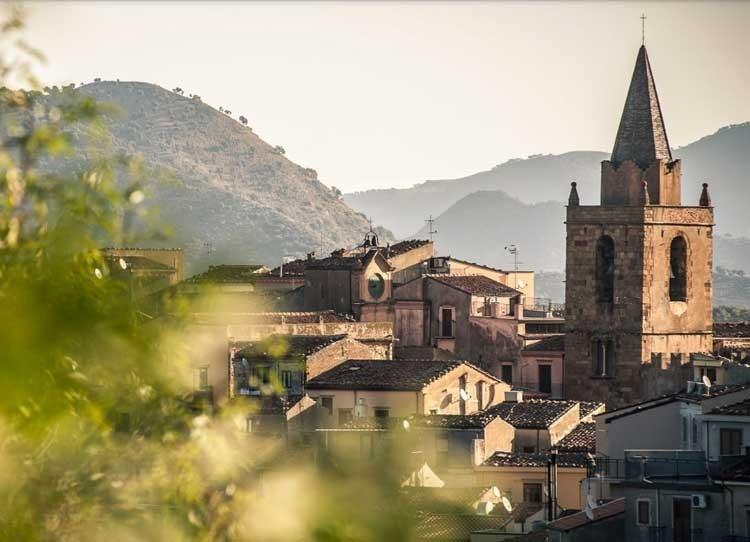 Manna Siciliana e Storia di Castelbuono, scopriamo cos'è e come usarla