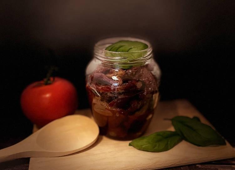 Pomodoro Secco sott'olio: Come prepararlo e conservarlo